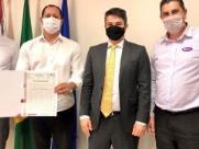 Usina Ester formaliza doação de terrenos para a Prefeitura